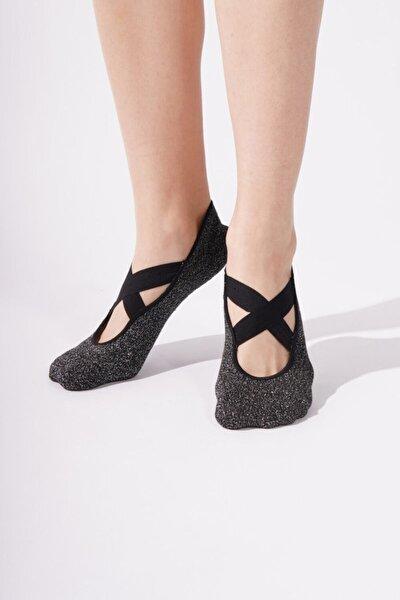 Katia&Bony Kadın Siyah Simli Asta Yoga Basic Görünmez Çorap