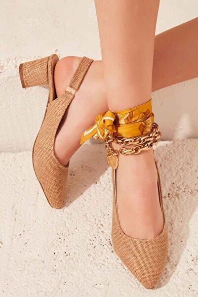 Bambi Natural Kadın Klasik Topuklu Ayakkabı K01503721028