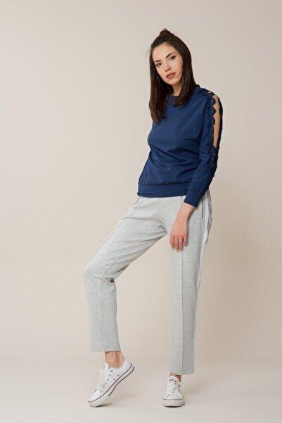 GIZIA CASUAL Kadın Güpür Detaylı Lacivert Spor Bluz M18YBW07513BD