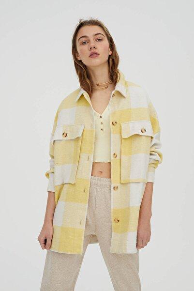 Pull & Bear Kadın Sarı Kareli Oversize Ince Ceket