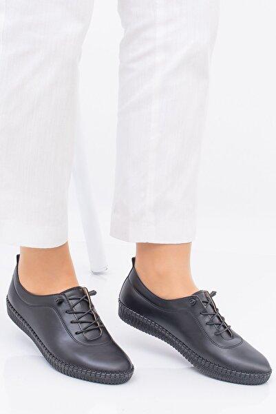 Hoba Ticaret Kadın Ortopedik Siyah Lastik Bağcıklı İçi Deri Alçak Topuklu Günlük Rahat Ayakkabı