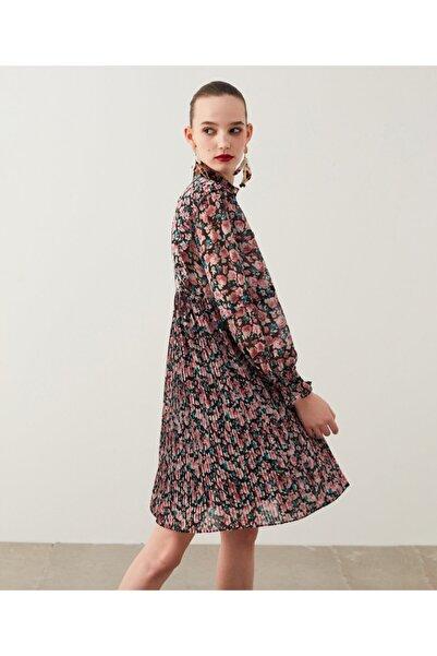 İpekyol Piliseli Trapez Elbise