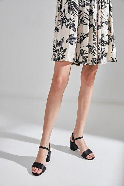 Siyah Kadın Sandalet 01SAY177960A100