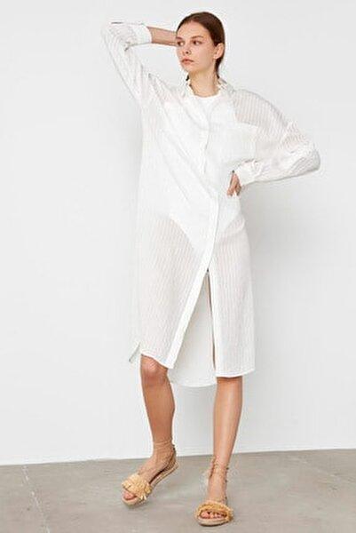 Kadın Beyaz Yan Yırtmaçlı Uzun Tunik IS1200016063002