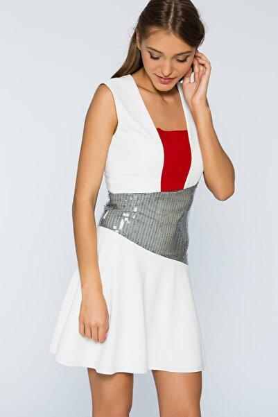 Selma Çilek Kadın Beyaz Beli Payet Detaylı Elbise