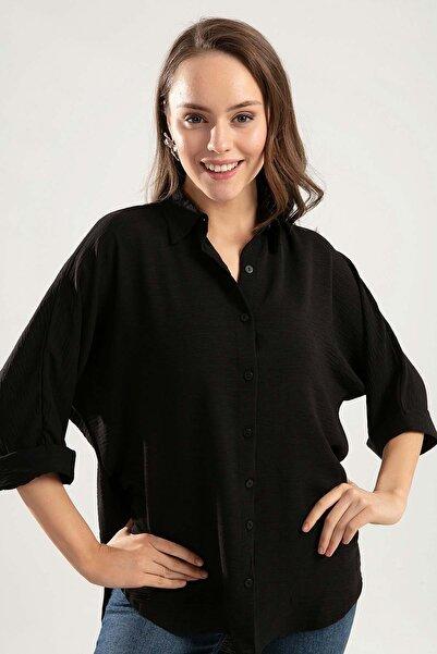 Kadın Siyah Arkası Uzun Duble Kol Bol Kesim Gömlek Y20S126-10594
