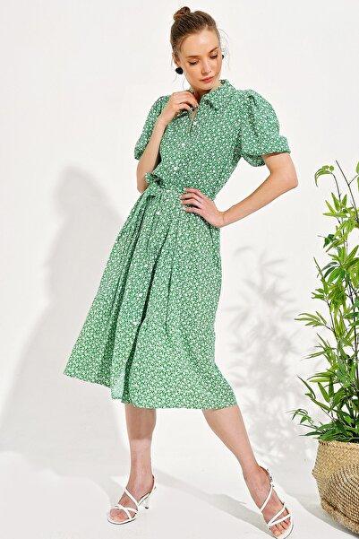 Trend Alaçatı Stili Kadın Yeşil Balon Kol Kat Kat Volanlı Dokuma Gömlek Elbise DNZ-3197