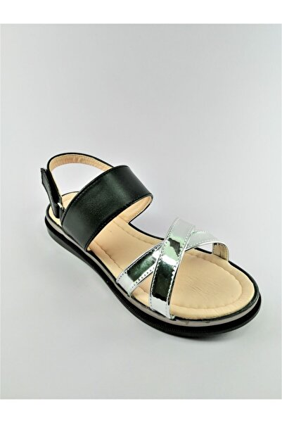 Minican Cırtlı Kız Çocuk Sandalet