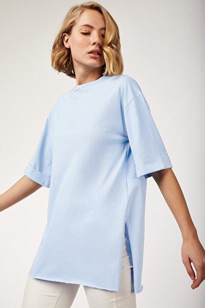 Kadın Gök Mavi Yandan Yırtmaçlı Penye Tshirt  DD00510