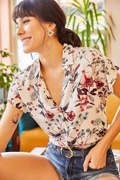 Olalook Kadın Ekru Karışık Çiçekli Yarasa Viskon Gömlek GML-19000653