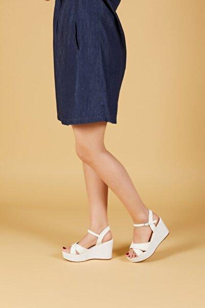 MİNAMİRA Kadın Beyaz Dolgu Topuklu Ayakkabı Carino