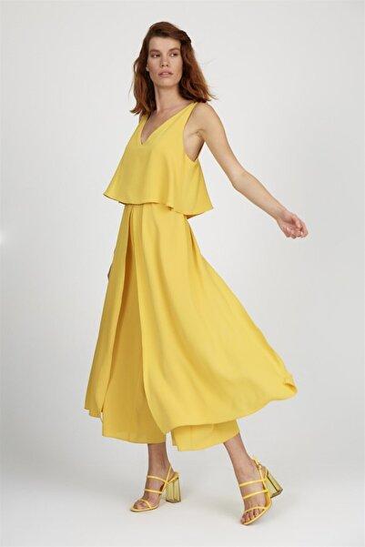 Kadın Sarı V Yaka Kalın Askılı Geniş Paça Kuşaklı Bilek Boy Tulum ST040S2804402