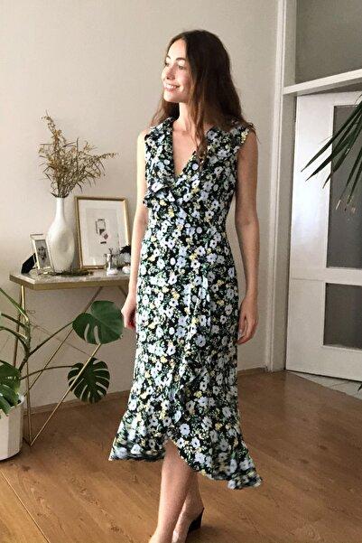 Çok Renkli Çiçek Desenli Elbise TWOSS20EL3317