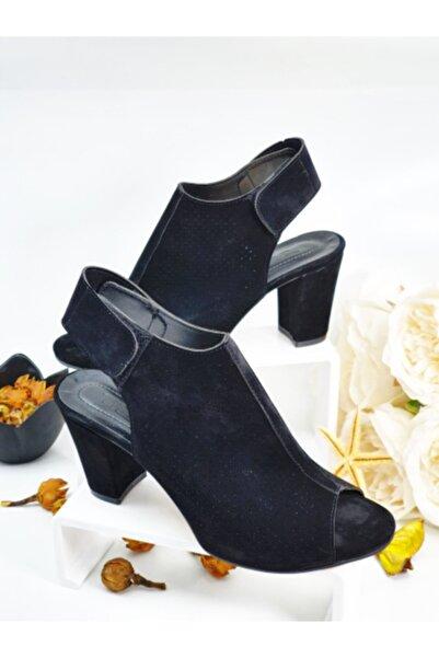 PUNTO Siyah Süet Bayan Topuklu Sandalet