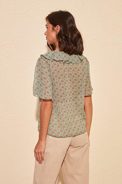 Çok Renkli Volanlı Gömlek TWOSS20GO0296