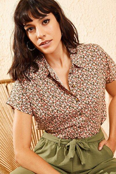 Bianco Lucci Kadın Bej Multi Küçük Çiçek Desenli Yarasa Kol Gömlek 10081046