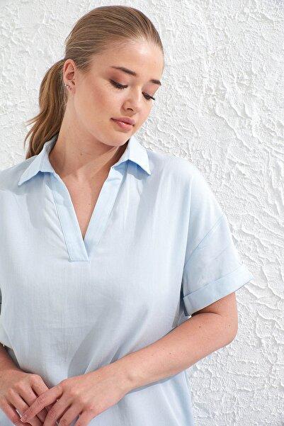 Big Free Kadın A.Mavi V Yaka Kısa Kol Dokuma Gömlek Tb20Yb038063