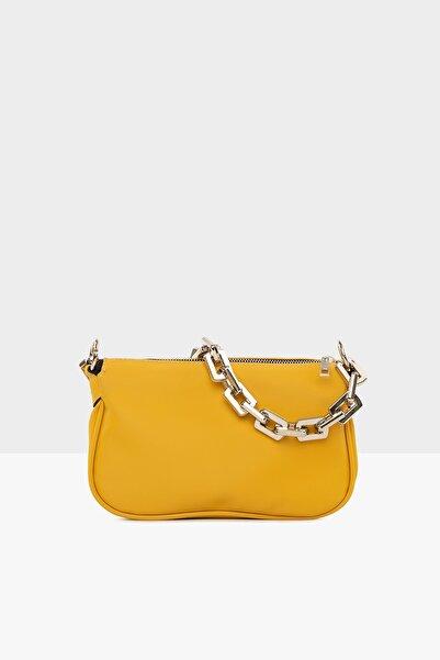 Bagmori Sarı Kadın Plastik Zincirli Saten Baget Çanta M000004780