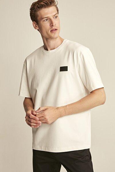 COLT  Beyaz Erkek Basic Comfort Fit T-shirt