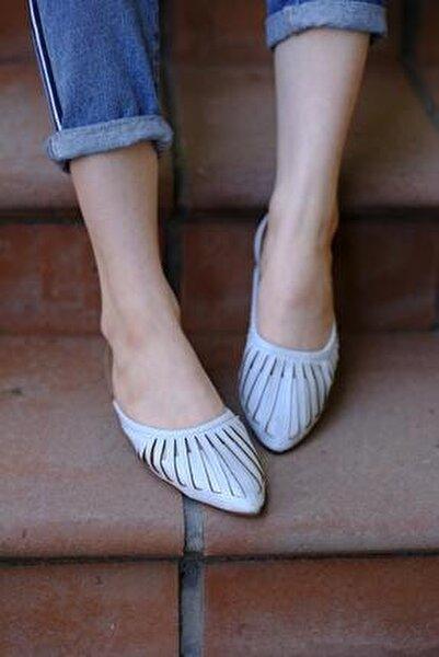 Toklu San Kadın Sandalet