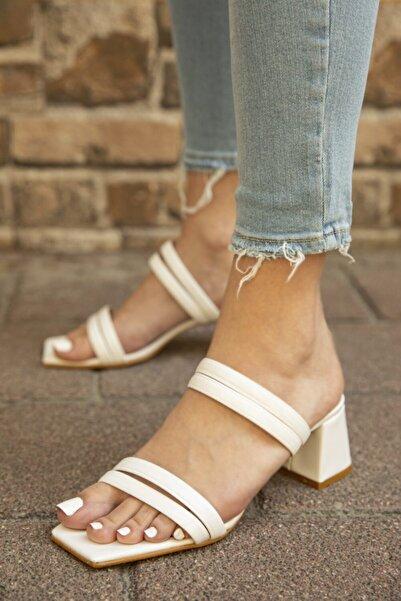 STRASWANS Kadın Beyaz Rugan Topuklu Sandalet