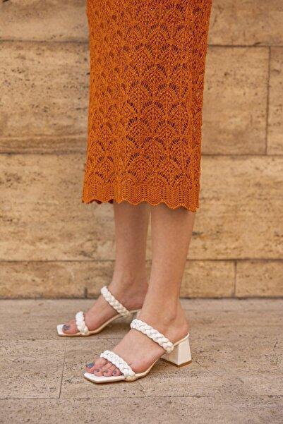 STRASWANS Kadın Beyaz Donna Örgü Detay Topuklu Sandalet