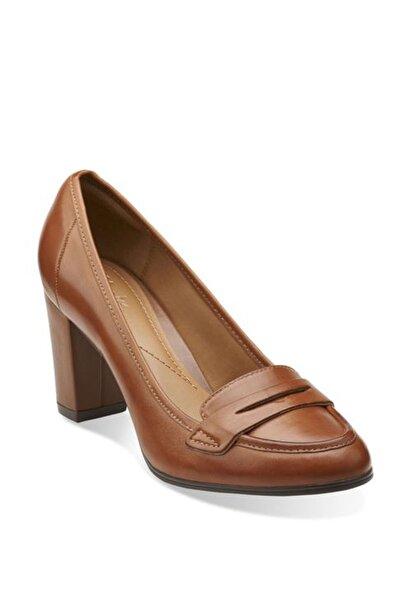 CLARKS Kadın Kahverengi Basıl Crımson Topuklu Ayakkabı