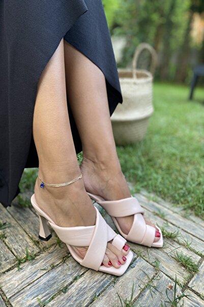 İnan Ayakkabı Açık Pembe Kadın Klasik Topuklu Ayakkabı INA1501ZGN