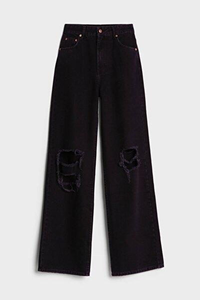 Bershka 90'lar Model Distressed Detaylı Ispanyol Paça Jean
