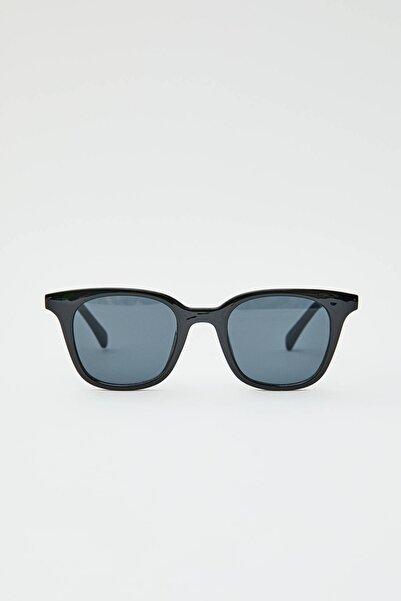 Pull & Bear Kadın Siyah Siyah Kare Güneş Gözlüğü 09992300