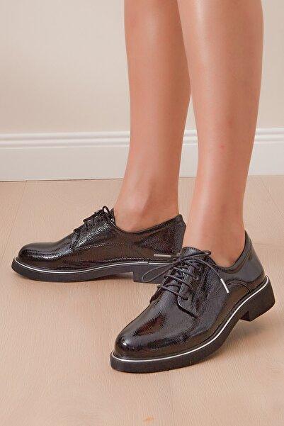 Shoes Time Kadın Siyah Rugan Günlük Ayakkabı 19k 105