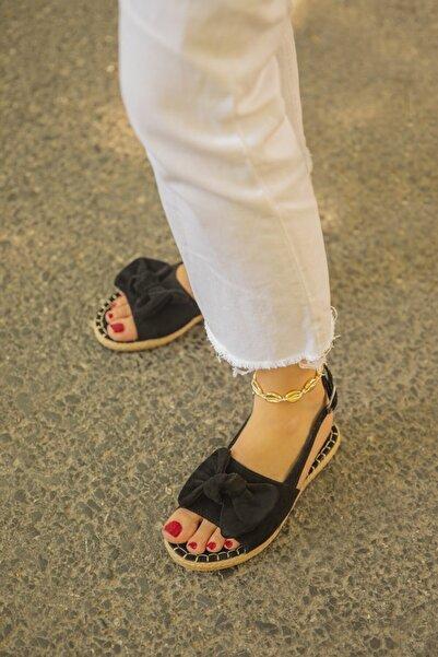 STRASWANS Kadın Siyah Fiyonklu Arkası Açık Sandalet