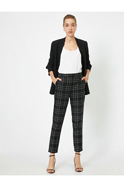 Koton Kadın Siyah Kare Desenli Pantolon