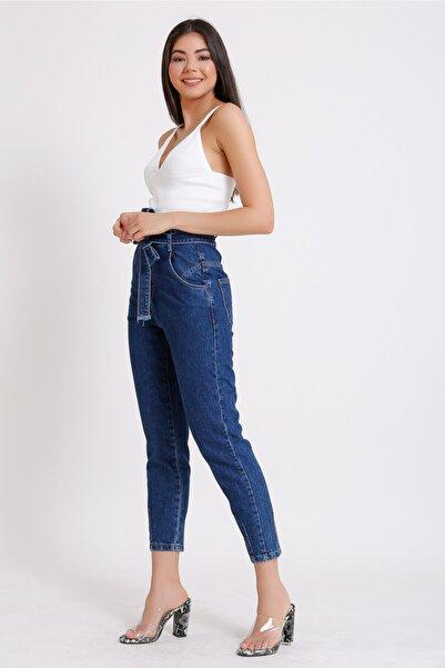 Kadın Mavi Yüksek Bel Beli Kuşaklı Mom Jeans 2071