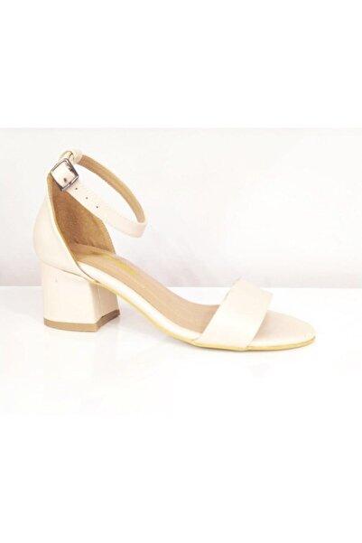 PUNTO Kadın Bej Kalın Topuklu Ayakkabı