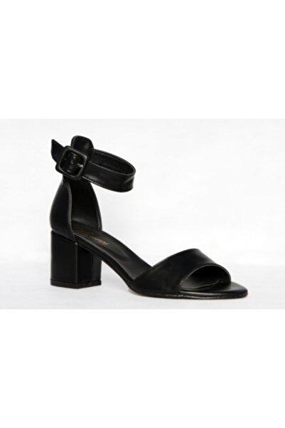 ALMİRA AYAKKABI VE ÇANTA Kadın Siyah Suni Deri Tek Bant Topuklu Ayakkabı