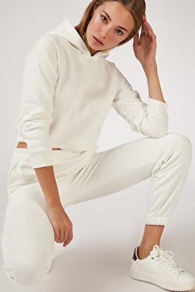 Kadın Beyaz Polarlı Eşofoman Takımı BY00011