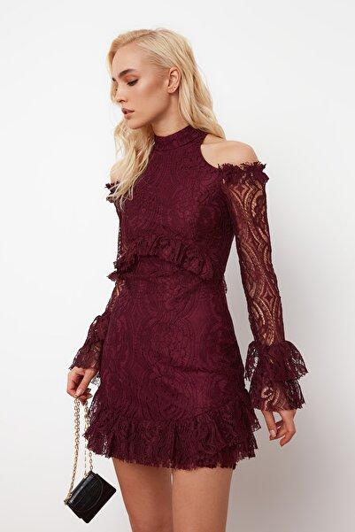 TRENDYOLMİLLA Mürdüm Volan Detaylı Dantel Elbise TPRSS21EL0096