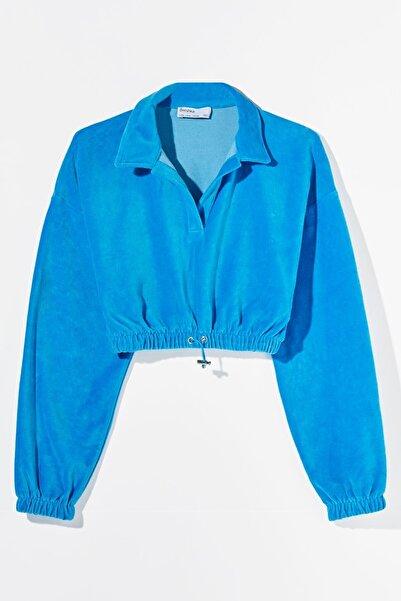 Bershka Kadın Mavi Cropped Sweatshirt
