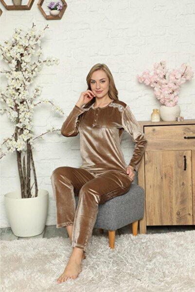 Manolya Kadın  Bej Renk 3 Düğmeli Kadife Pijama Takım