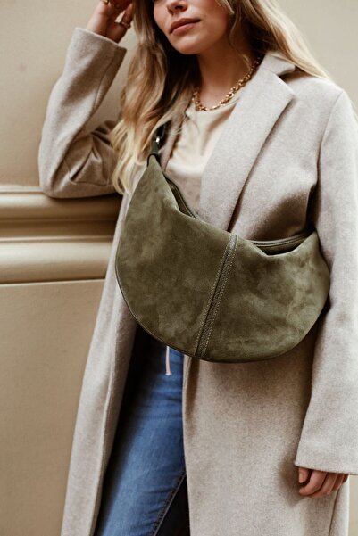 L' PASSIONS Aeson Body Bag