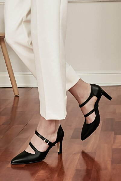 Mio Gusto Alegra Siyah Çift Bantlı Topuklu Ayakkabı