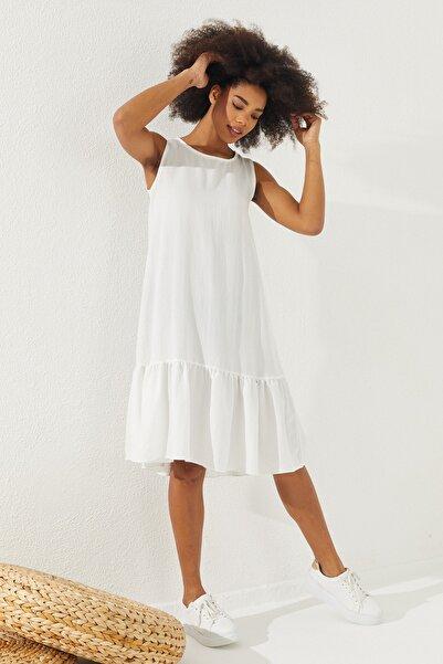 Reyon Kadın Beyaz Eteği Fırfırlı Sıfır Kol Elbise