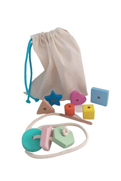 Moccotoys Montessori Giz Torbası Ve Ip Geçir Geometrik Şekiller Ikili Eğitici Kartlı Oyunu