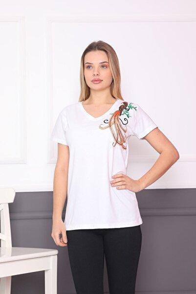 Blueway Kadın Beyaz V Yaka Tavus Kuşu Desenli Kısa Kollu Basic T-shirt