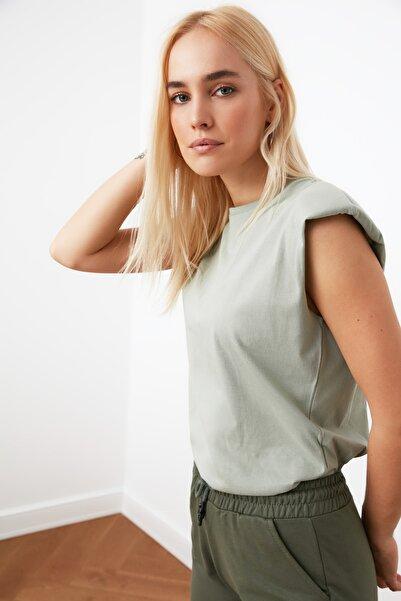 TRENDYOLMİLLA Mint Vatkalı Basic Örme T-Shirt TWOSS20TS1553
