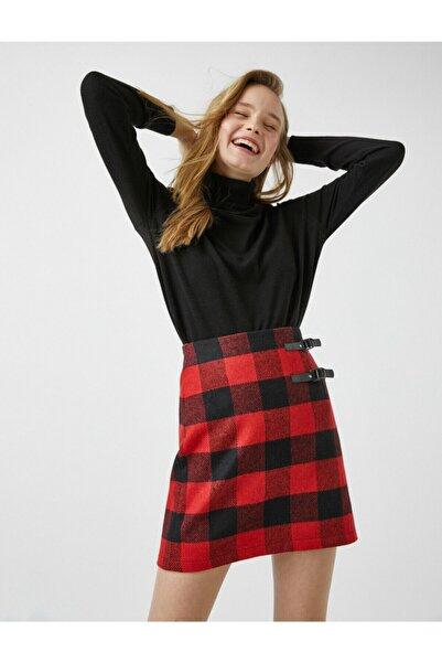 Koton Kadın Kırmızı Detaylı Kareli Mini Etek