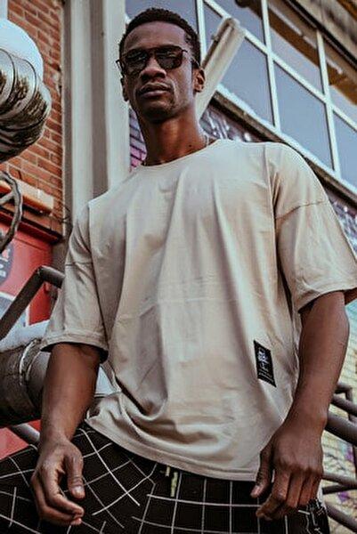 XHAN T-Shirt