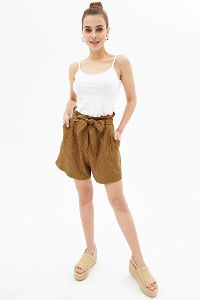 Pattaya Kadın Kahverengi Çizgili Kuşaklı Havuç Şort P21s201-2081