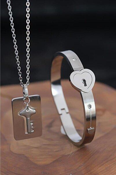 Goldest Accessories Anahtarlı Kelepçe Çelik Kolye ve Kalpli Paslanmaz Çelik Bileklik Seti